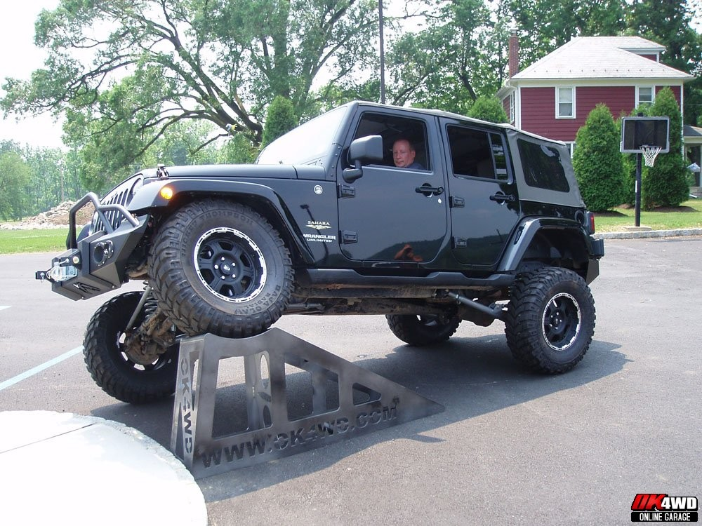 "2007 Jeep Wrangler JK with 4.5"" Rubicon Express Long Arm Suspension"