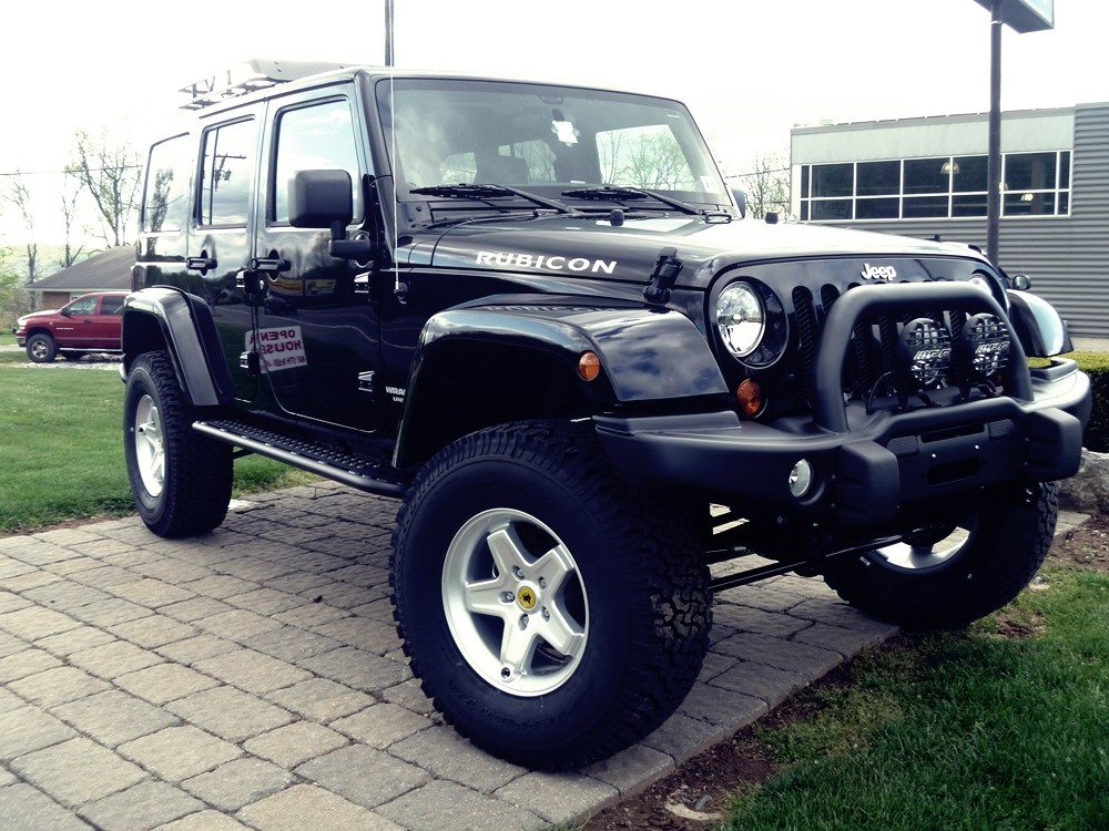 "2012 Jeep Wrangler JK with 3.5"" AEV Premium Lift and 35"" Tires"